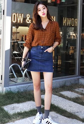 长袖衬衫搭配包臀裙 时髦又显瘦