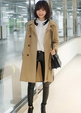 韩版风衣配长裤 时尚优雅有气质