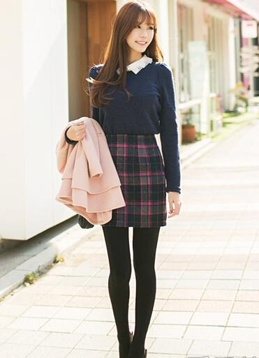 冬款短裙配毛衣 打造甜美淑女范