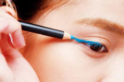 4大缤纷色眼妆的画法步骤图解